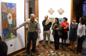 Marc Kuhn explains to the public in EL CASTILLO a very international & impressive work of Col-Art, concieved by him and realized in 2010 in Mexico (Jorge Roy Sobrino, Merida, German Venegas, Mexico City,  Rossana Duran, Cuernavaca,  Juan Ezcordia, San Miguel de Allende), in the USA ( Tammie Allen, Albuquerque, Arnold Wechsler & Liliane Perez, New York ), in Canada ( Nancy Joy Wilson, Toronto), in Spain (Conrado Diaz Ruiz, Adeje, Omar Yamil, Los Cristianos) and Switzerland (M.K.).